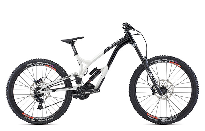 SUPREME DH 27/29 TEAM BLACK & WHITE 2021
