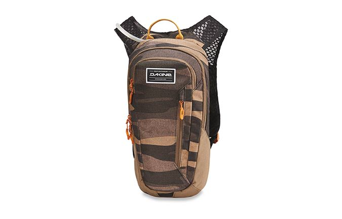 SHUTTLE BACKPACK 6L FIELD CAMO 2018