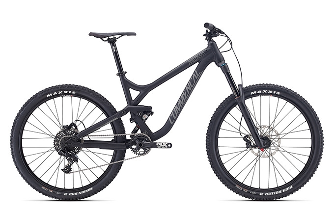 META AM V3 ESSENTIAL 650B BLACK 2017